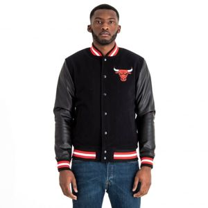 New Era NBA CHICAGO BULLS TEAM VARSITY JACKET čierna S - Pánska bunda